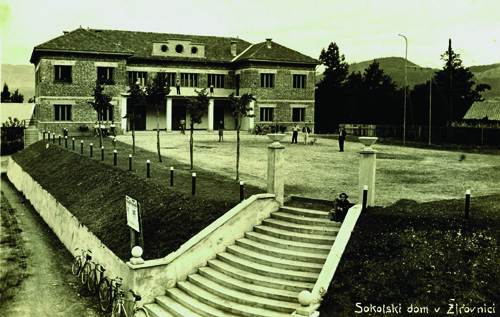 8 sokolski dom